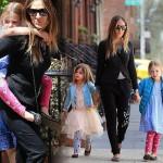 サラ・ジェシカ・パーカー、双子の娘たちとお出かけ #私服 #ファッション