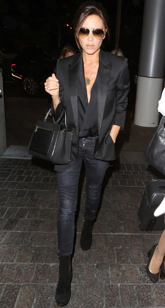 Victoria-Beckham-fashion-outfits-april-2015-01