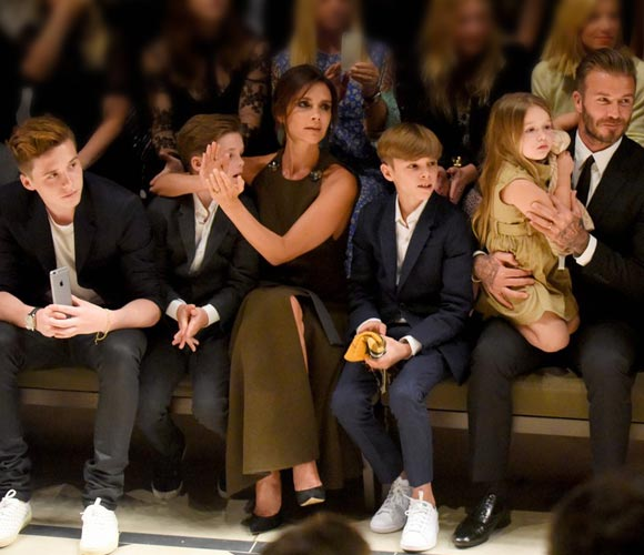 david-victoria-beckham-family-Burberry-2015