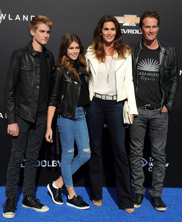Cindy-Crawford-daughter-son-husband-may-2015