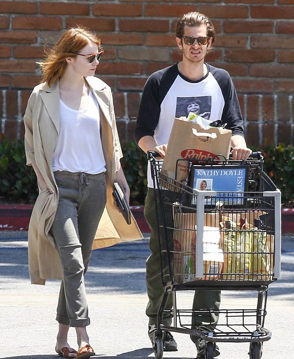 Emma-Stone-Andrew-Garfield-gossip-may-2015-01