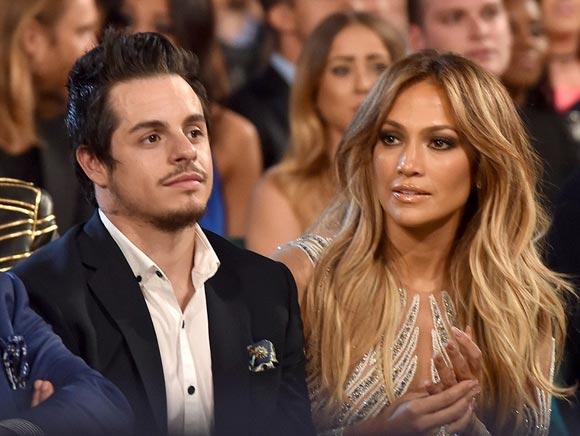 Jennifer-Lopez-Casper-Smart-gossip-2015-01