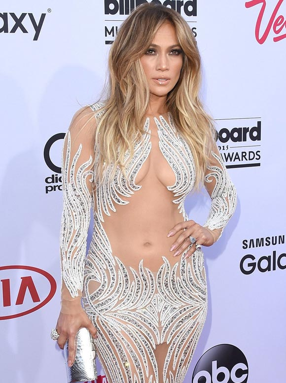 Jennifer-Lopez-billboard-2015-02