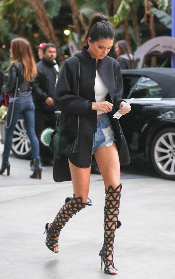 Kendall-Jenner-fashion-outfit-may-2015-03