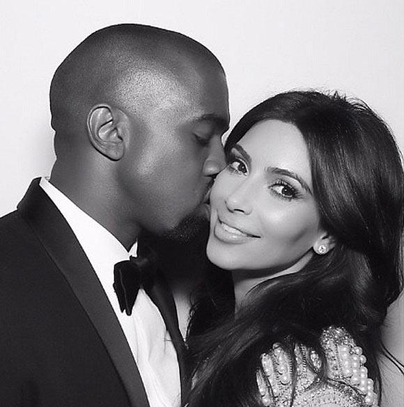Kim-Kardashian-Kanye-West-kiss-instagram-2015-02