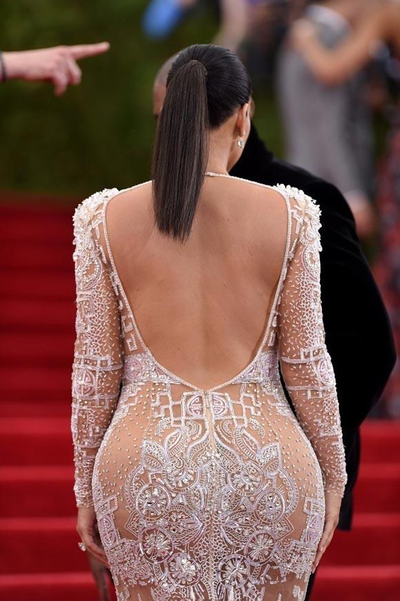 Kim-Kardashian-Met-Gala-2015-03