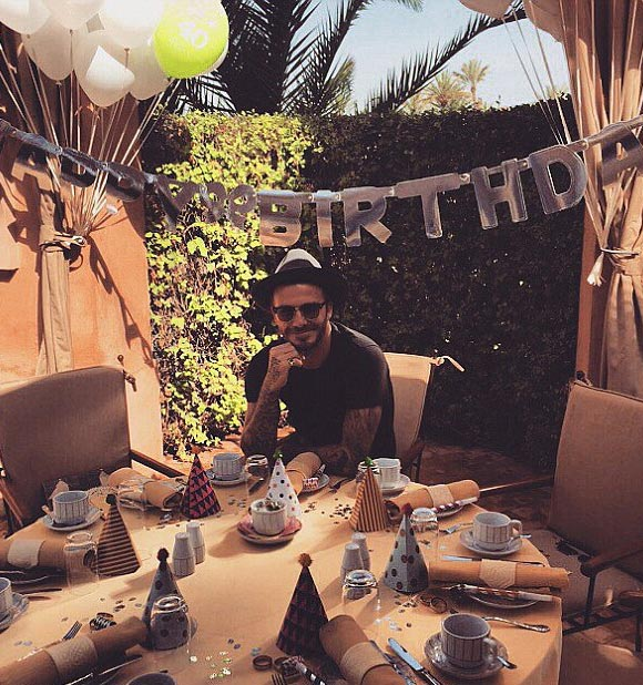 david-beckham-40th-birthday-2015-06