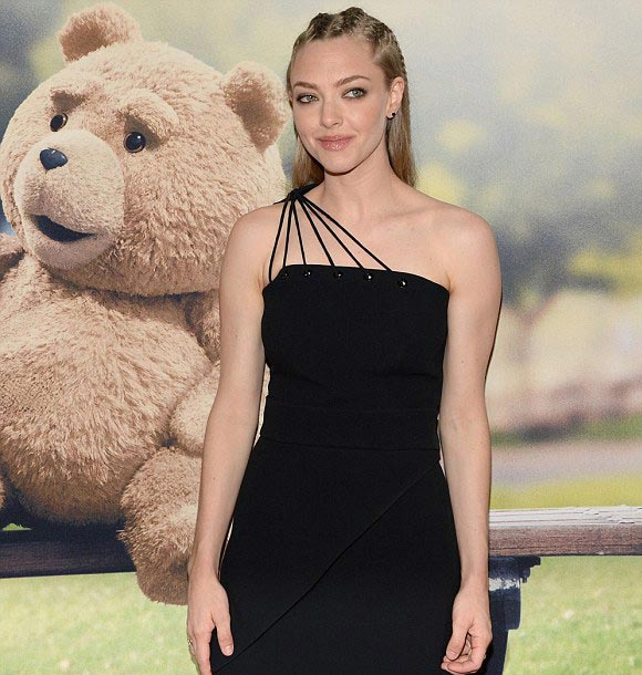 Amanda-Seyfried-ted2-june-2015-02