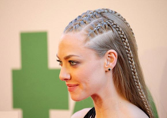 Amanda-Seyfried-ted2-june-2015-05