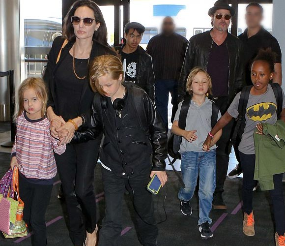 Angelina-Jolie- Brad-Pitt-Family-june-2015