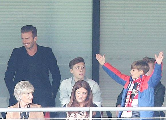 David-Beckham-family-fa-cup-final-2015-03