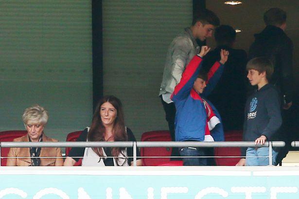 David-Beckham-family-fa-cup-final-2015-05
