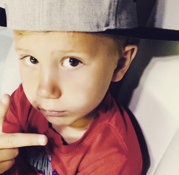 Justin-Bieber-Brother-Jaxon-instagram-2015-04