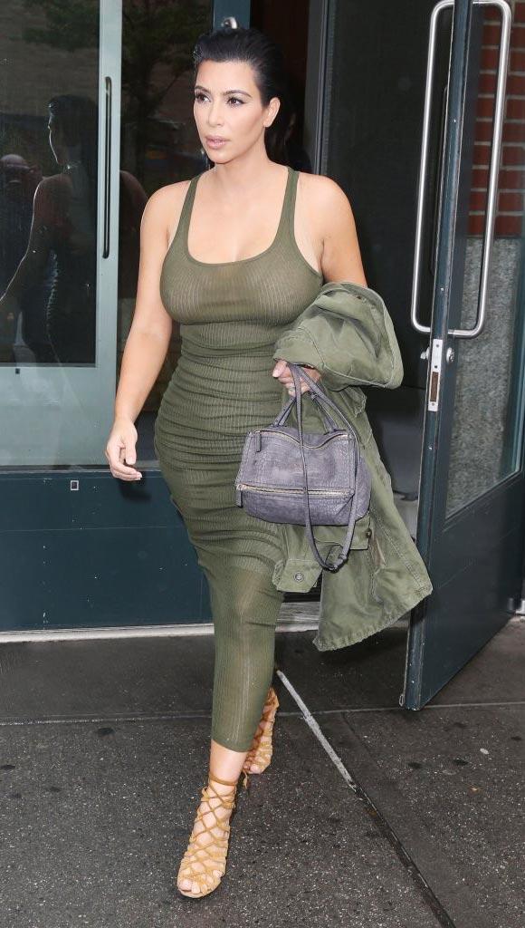 Kim-Kardashian-Pregnant-2015-02