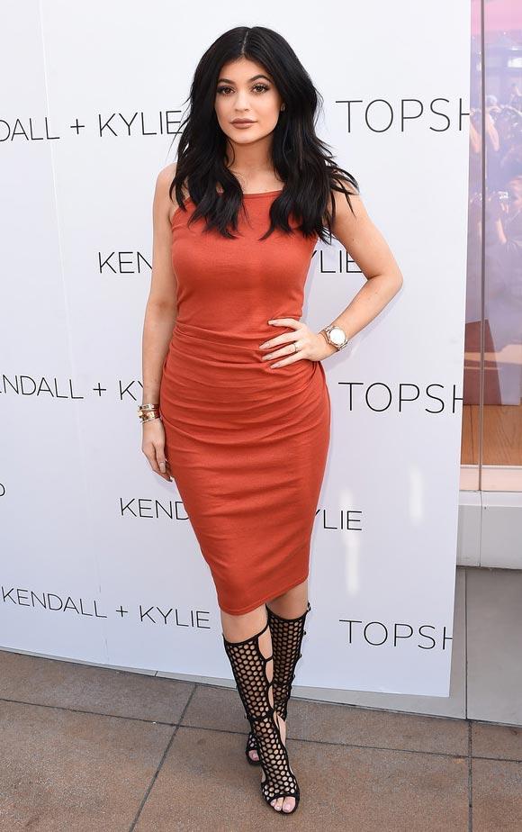 Kylie-Jenner-topshop-june-2015