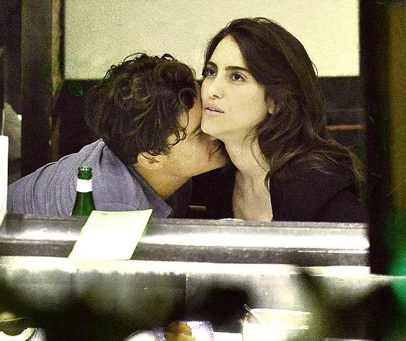 Orlando-Bloom -Luisa-Moraes-kiss-june-2015-03