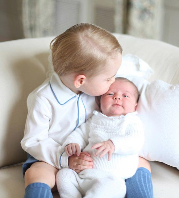 Prince-George-Princess-Charlotte-june-2015-01