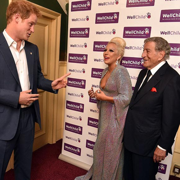 Prince-Harry-Lady Gaga-june-2015-03
