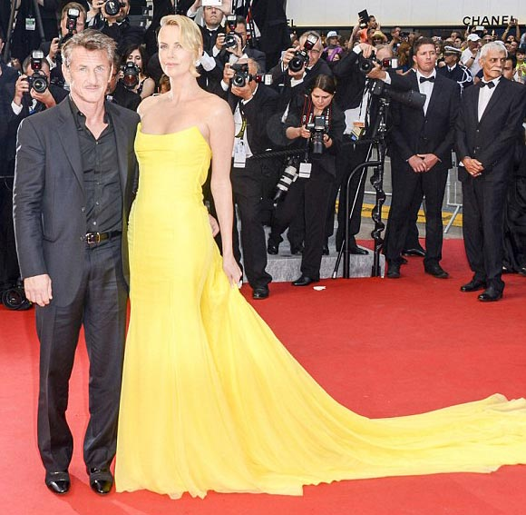 charlize-theron-sean-penn-split-end-engagement-2015-04
