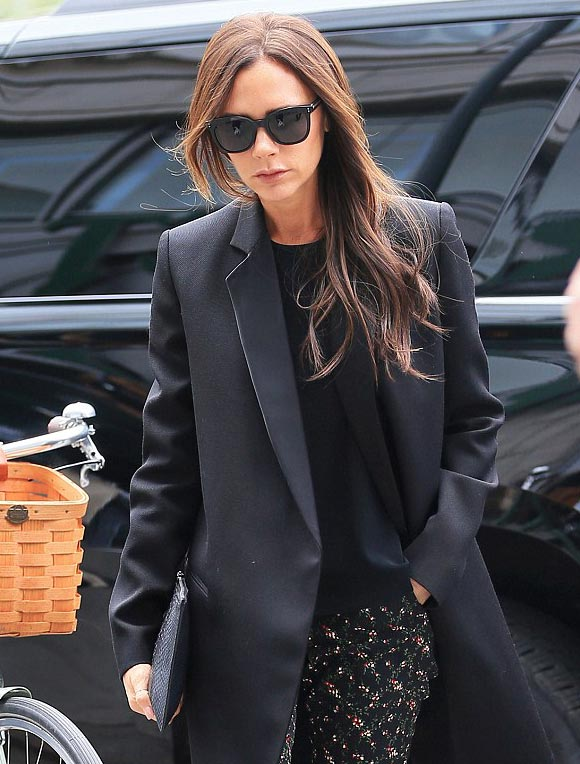 victoria-beckham-fashion-outfit-2015-03