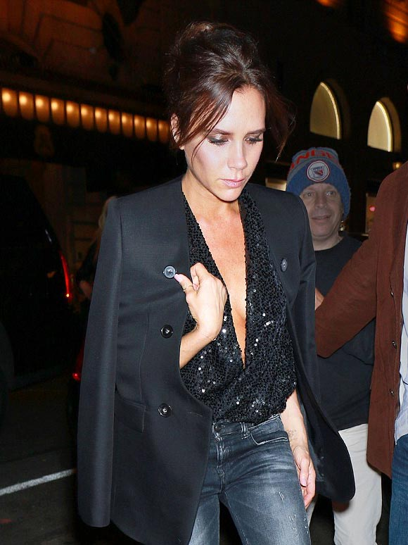 victoria-beckham-fashion-outfit-2015-05