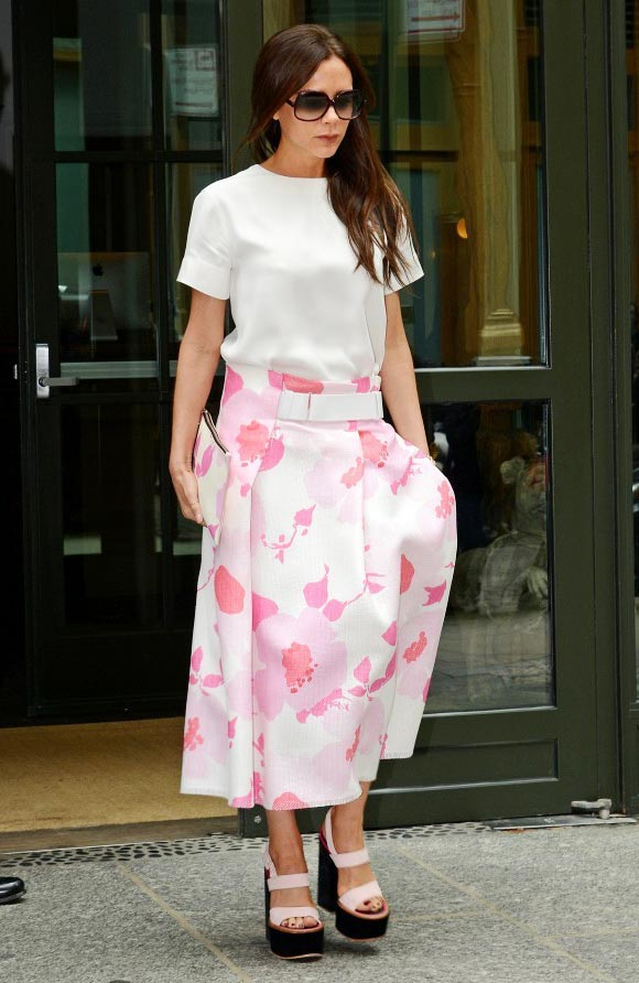 victoria-beckham-pink-fashion-june-2015-01