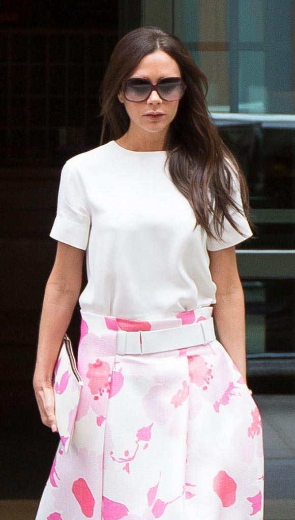 victoria-beckham-pink-fashion-june-2015-02