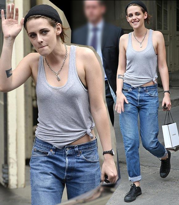 Kristen-Stewart-Chanel-PFW-2015-09