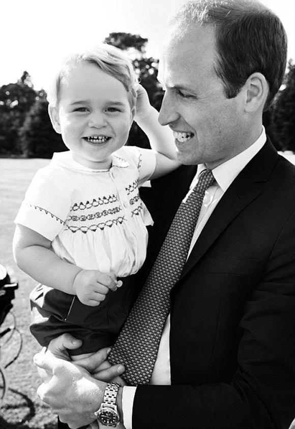 Princess-Charlotte- Christening-Prince- williams-family-Official-Photos-03
