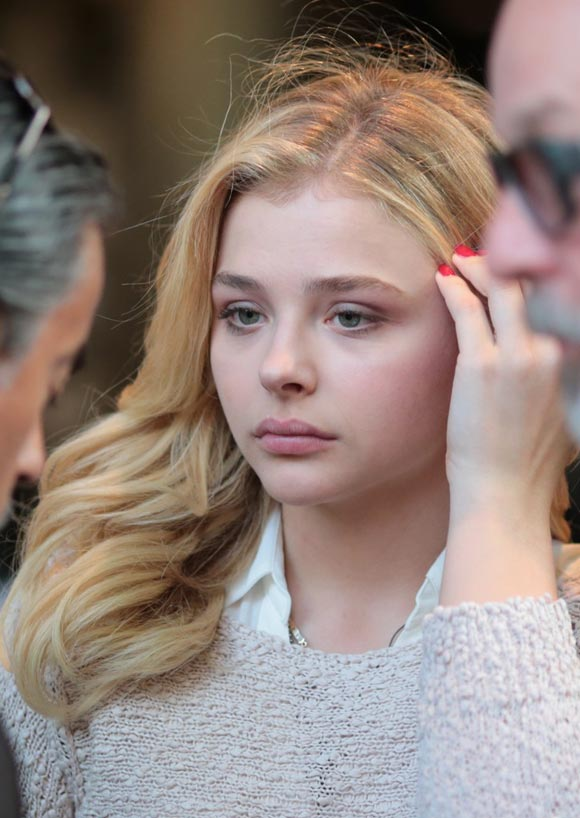 chloe-moretz-brain-on- fireset-2015-06