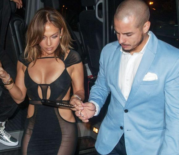jennifer-lopez-46th-birthday-casper-2015