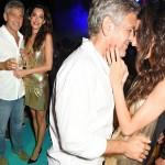 ジョージ・クルーニー、自身のテキーラ・ブランドの発表会に妻アマルと仲睦まじい ツーショットも披露