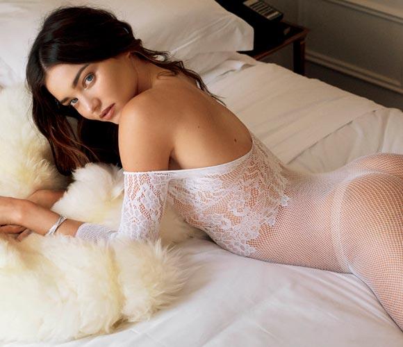 Miranda-Kerr-topless-v-magazine-2015