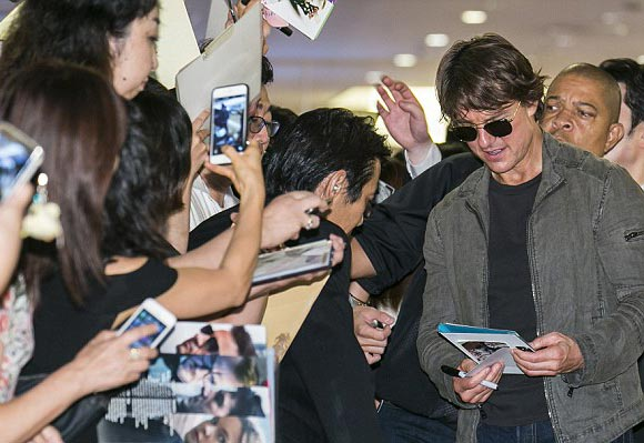 Tom-Cruise-japan-july-2015-04
