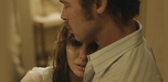 brad-pitt-angelina-jolie-by-the-sea-film-2015-02