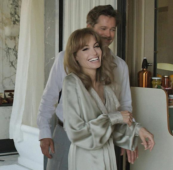 brad-pitt-angelina-jolie-by-the-sea-film-2015-03