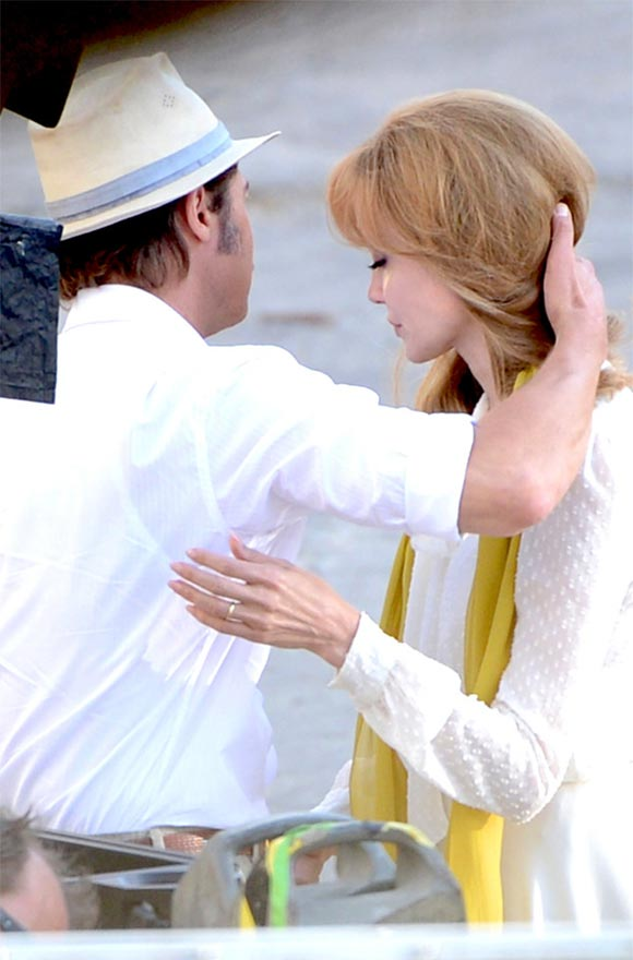 brad-pitt-angelina-jolie-by-the-sea-film-2015-04