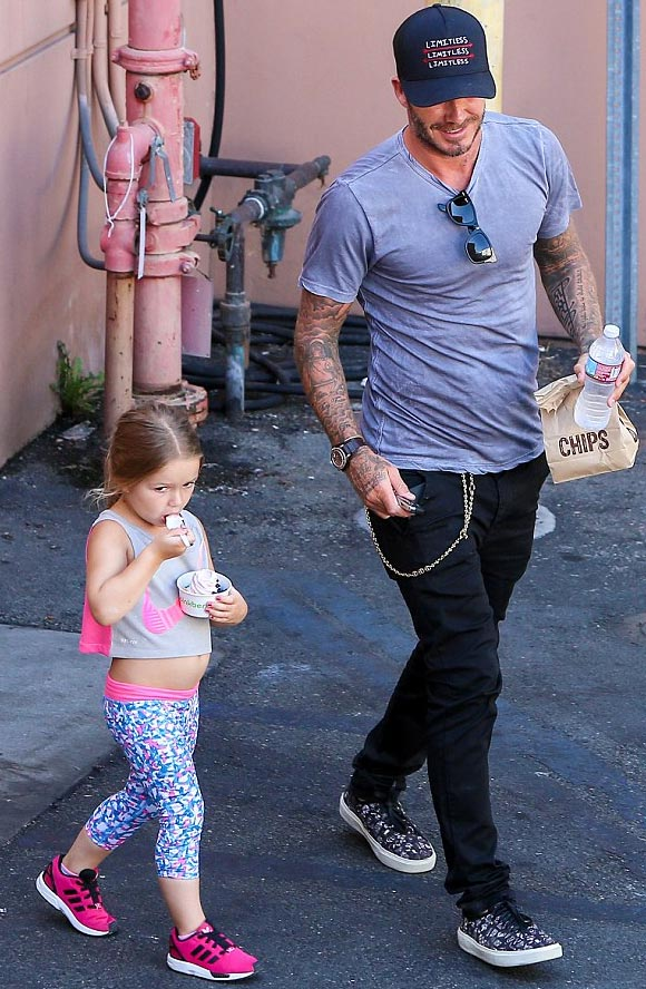 david-beckham-harper-aug-19-2015-04