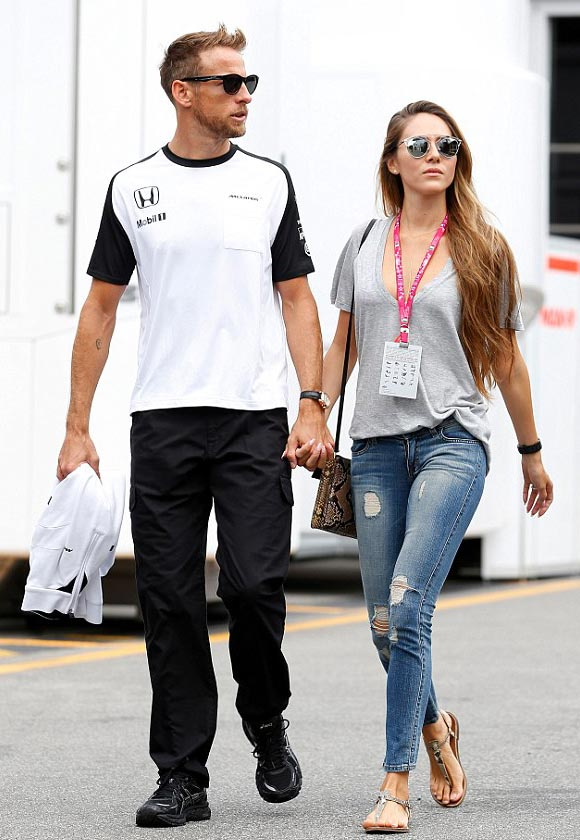 Jessica-michibata-Jenson-Button-sept-2015-02