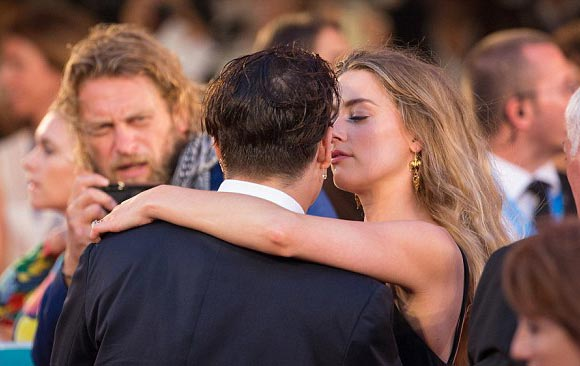 Johnny-Depp- Amber-Heard-premiere-Black Mass-2015-05