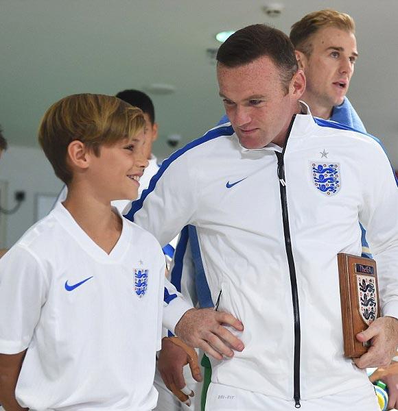 Romeo-Beckham-Rooney-euro-2016-02