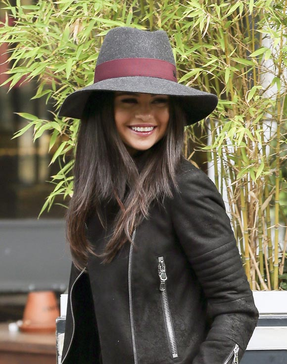 Selena-Gomez-london-sep-2015-03