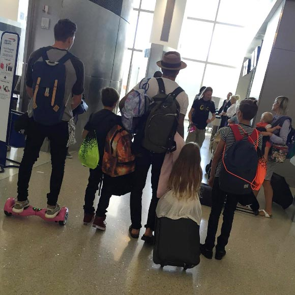 beckham-family-airport-aug-2015