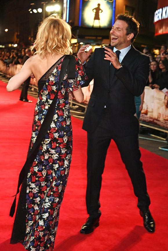 Bradley-Cooper-Sienna-Miller-burnt-london-premiere-2015-03