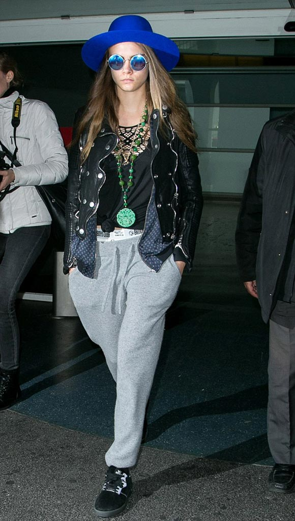 Cara-Delevingne-outfit-oct-2015-02