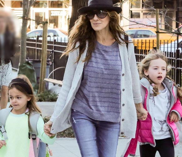 Sarah-Jessica-Parker-daughters-23-oct-2015