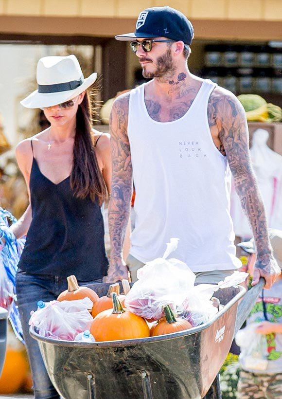 david-victoria-beckham-Halloween-2015-02