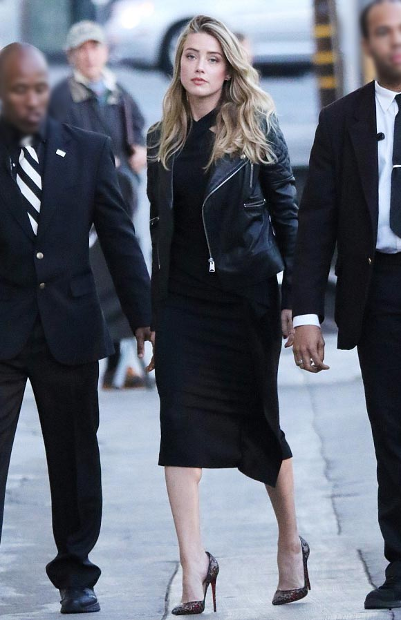 Amber-Heard-outfit-18-nov-2015-04