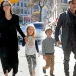 Angelina-Jolie-Brad-Pitt-twins-nov-2015