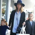 ジェシカ・アルバ、娘たちを連れてショッピングへ #セレブ親子 #私服